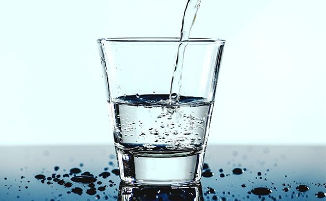 The Link Between Hydration and Healthy Sleep Liquivida Lounge Florida
