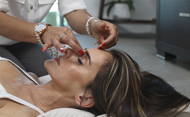 Top 5 Complementary and Alternative Medicine Treatments liquivida lounge acupuncture