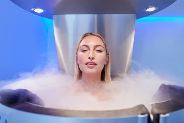 Using Cryotherapy, Superfoods, and Nutrient IV Therapy to Be Healthier 2.jpg