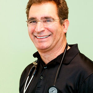 Dr. Sasson Moulavi.jpg.png